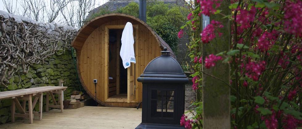 Cottage by the Pond sauna.jpg