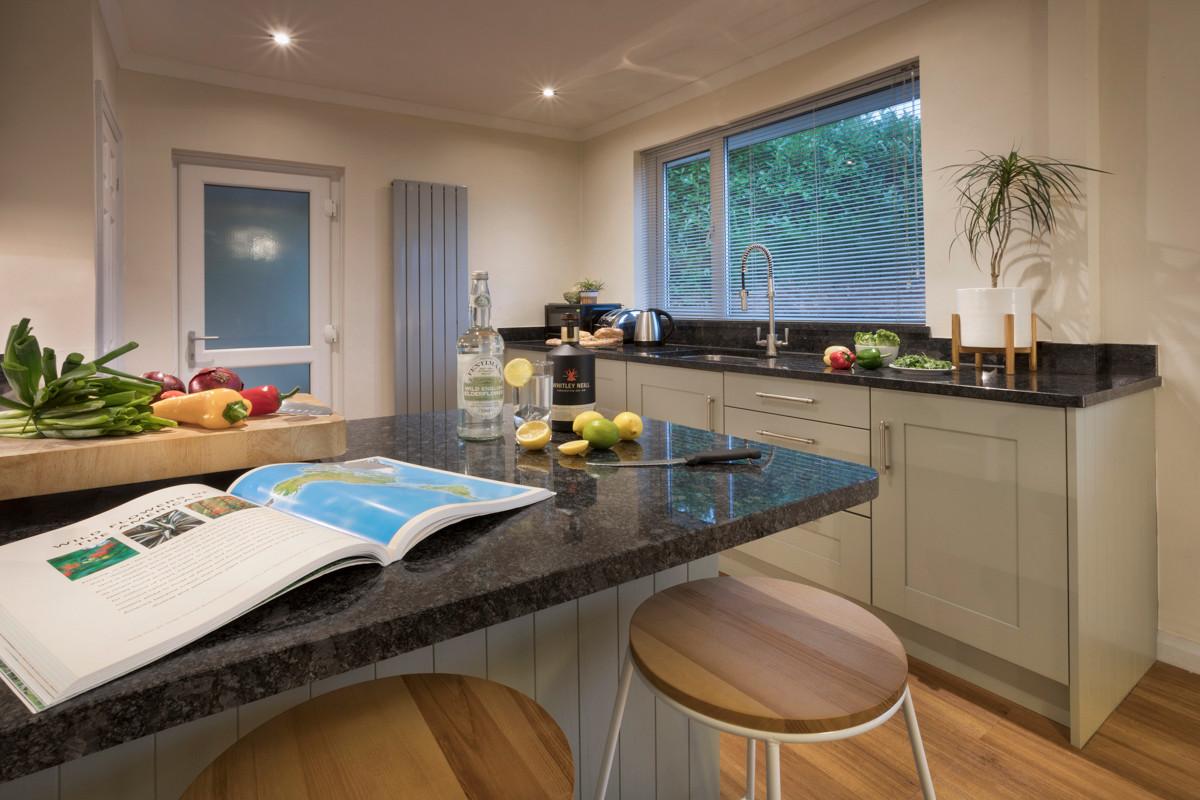 Hill crest - Kitchen 05.jpg