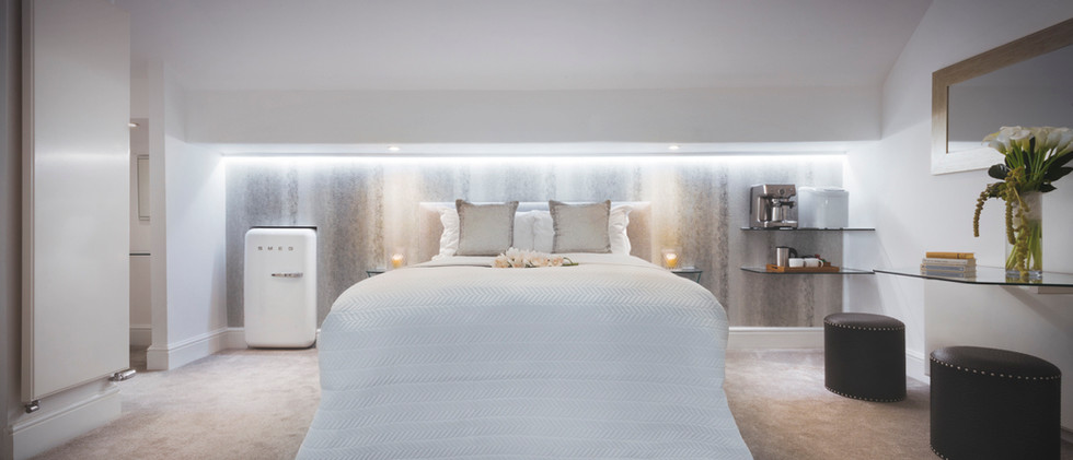 The White Room - Bedroom - 02.jpg