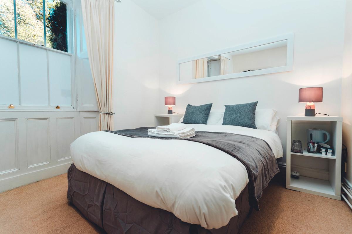Windermere Guest House Room 5 - Bedroom
