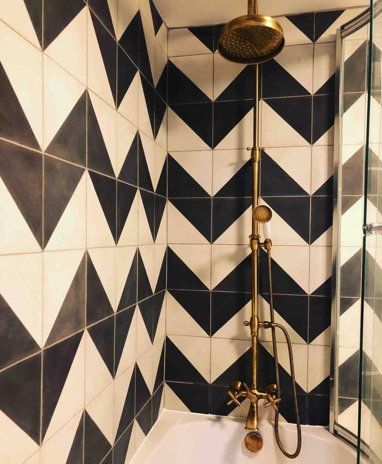 Beautiful Hamlet bathroom 01.jpg