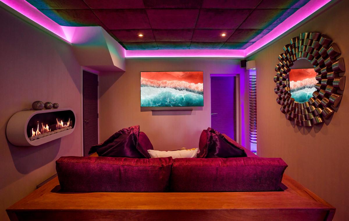 The Windermere Spa Suite - Cinema 01.jpg