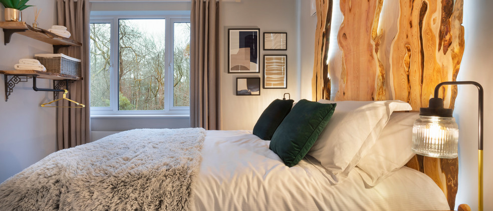Woodlands - 1st Downstairs Master Bedroom - 01  copy.jpg