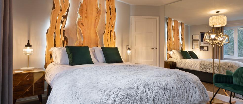 Woodlands - 1st Downstairs Master Bedroom - 03  copy.jpg