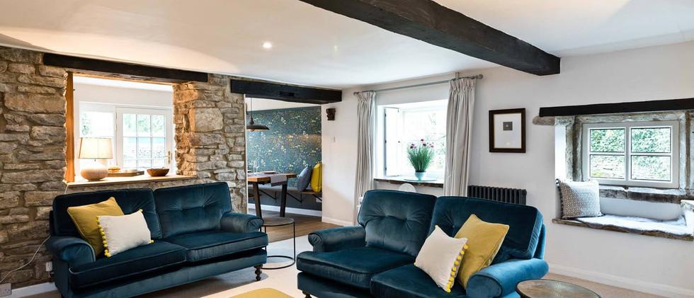 Holborn Cottage lounge.jpg