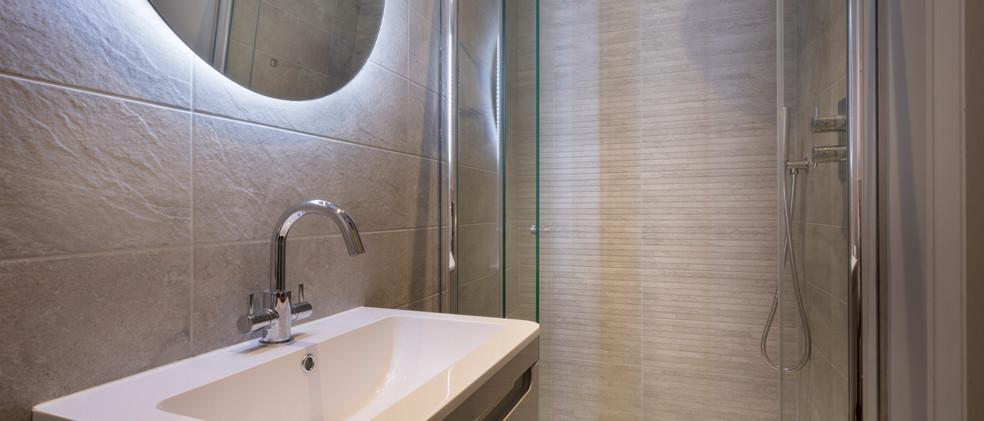 Woodlands - 1st Downstairs Master Bedroom - EnSuite- 01  copy.jpg