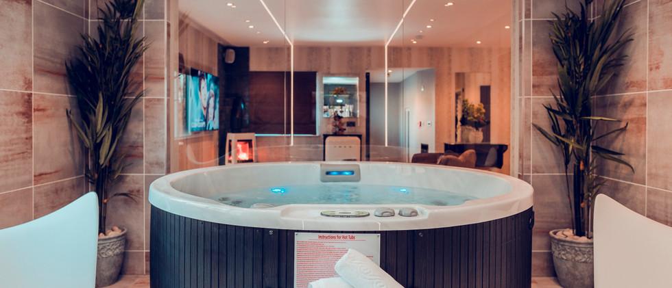 The Retreat Suite  - Spa 03.jpg