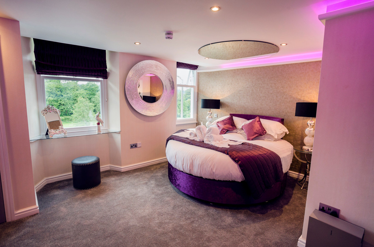 The Bowness Spa Suite - Bedroom 01.jpg
