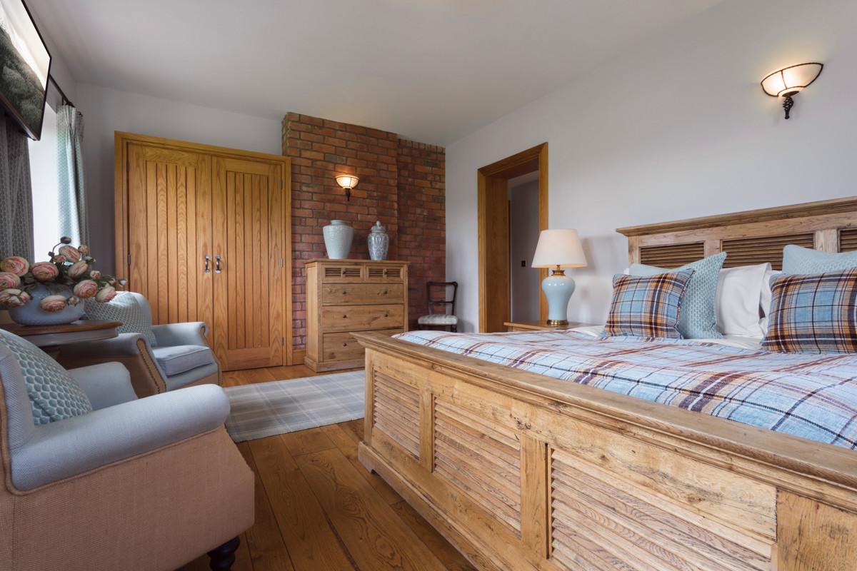 lyth valley bedroom 1.b.JPG
