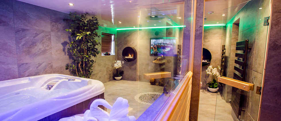 The Windermere Spa Suite - Sauna 01.jpg