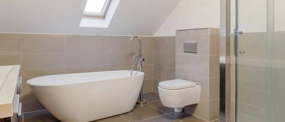 Large modern home bathroom.jpg