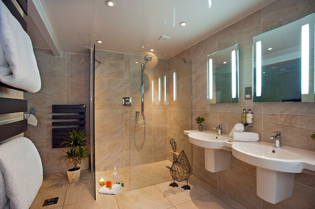 Bella - Bathroom 02.jpg