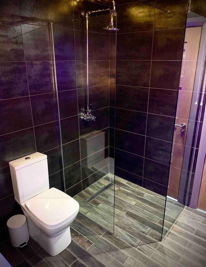 GRACEWAY bathroom 02.jpg