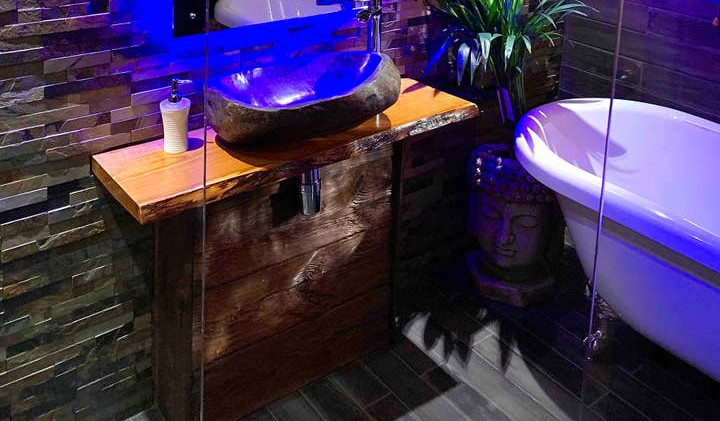 GRACEWAY bathroom 01.jpg