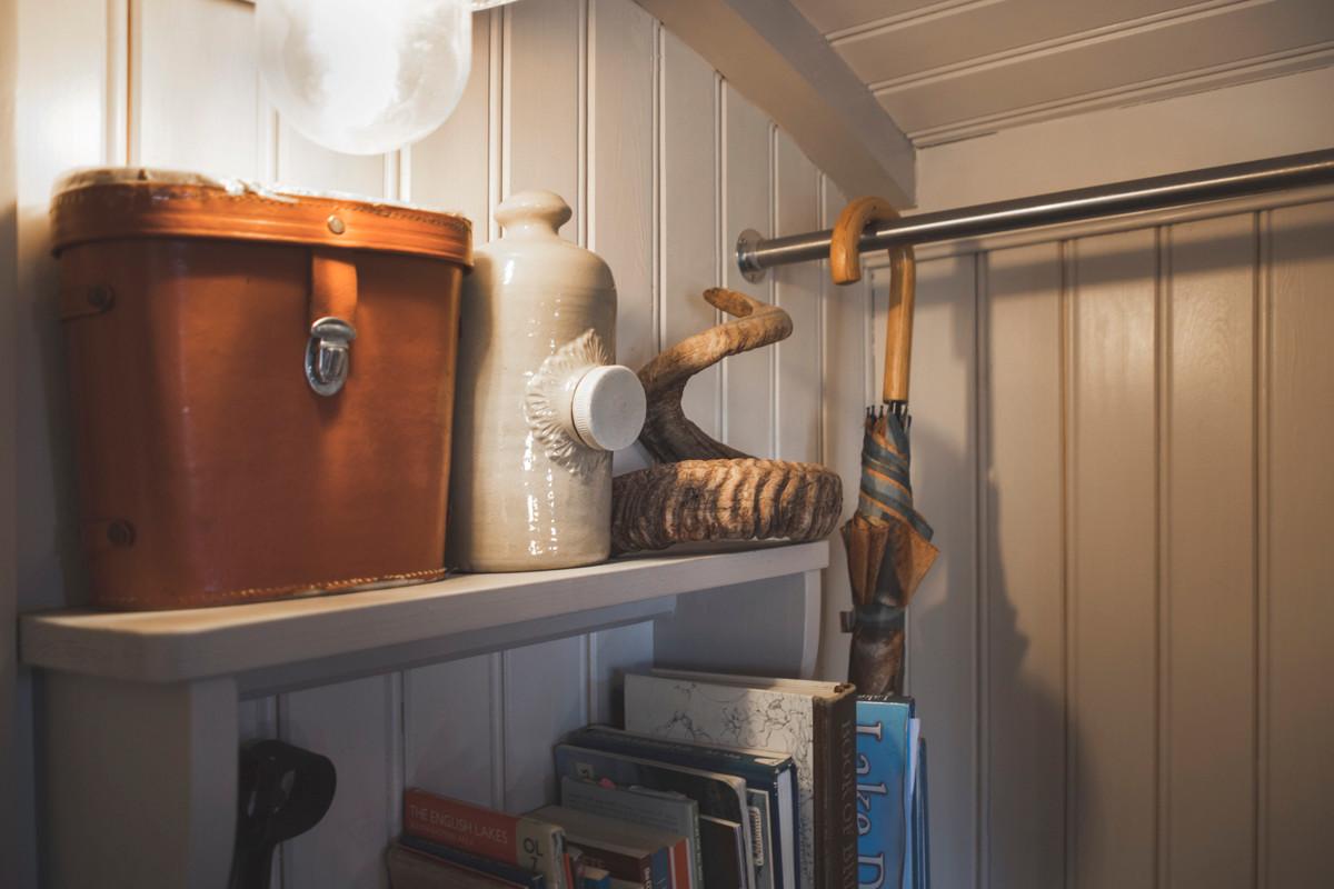 Shepherds Hut - Living Space 08.jpg