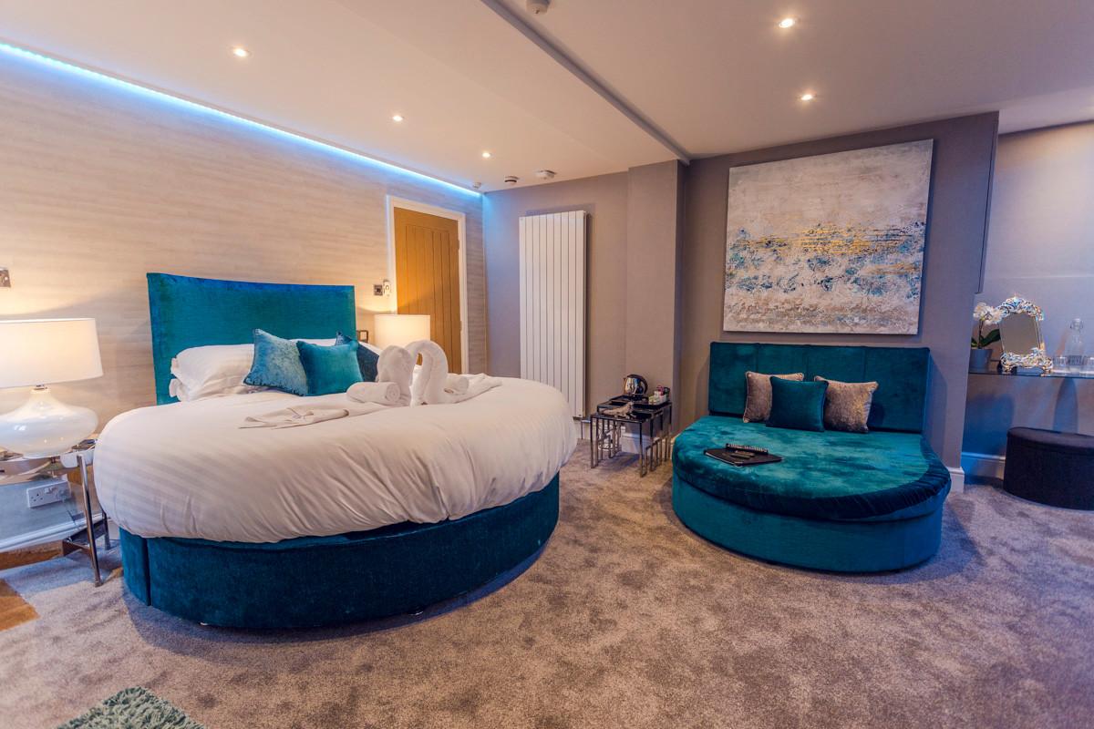 Orchid - Bedroom 01.jpg