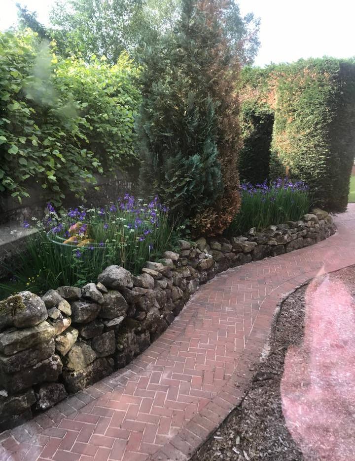 FAIRY COTTAGE garden 01.jpg