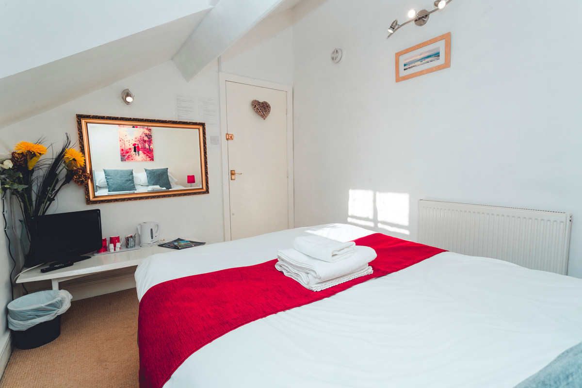 Windermere Guest House Room 4 - Bedroom