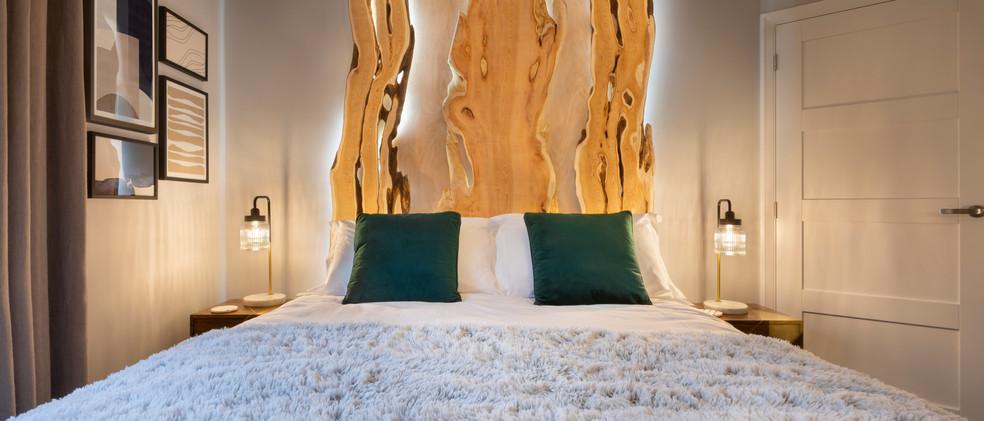 Woodlands - 1st Downstairs Master Bedroom - 02  copy.jpg