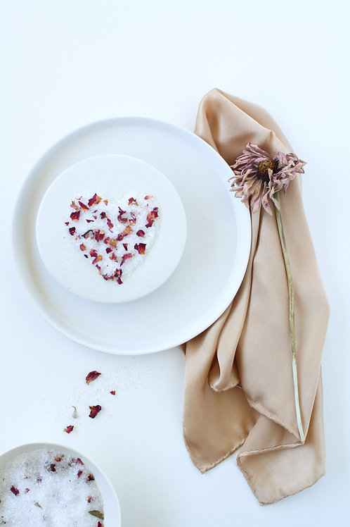 Sarah's Soaks - Flirty Flowers 500grams