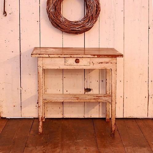 Table d'appoint à tiroir vendue-sold