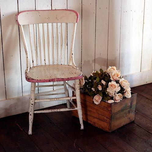 chaise rose et blanche vendue-sold