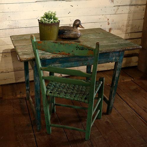 Table à traverse latérale