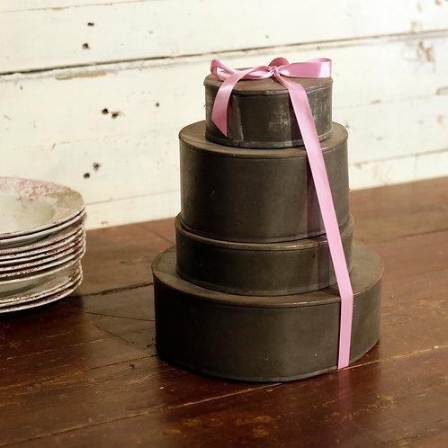Moules à gâteaux VENDUS-SOLD
