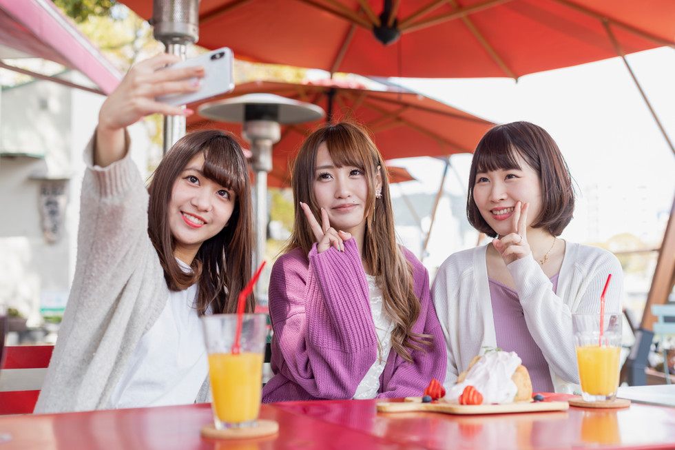 カフェ女子会イメージ撮影