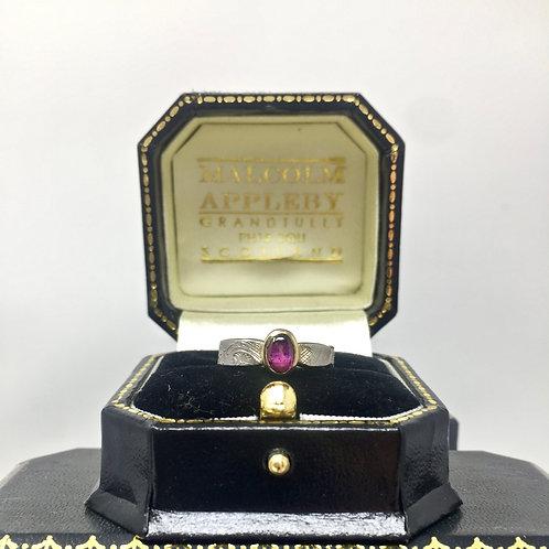 Saphire Ring (L)