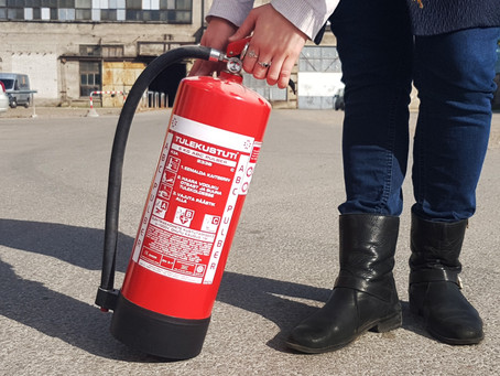 Kas osta uus või hooldada vana tulekustuti?