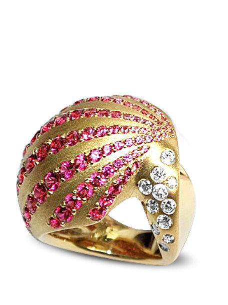 La Coquille Rouge Ring