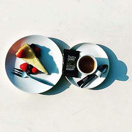 Koffie-met-cheesecake.jpeg