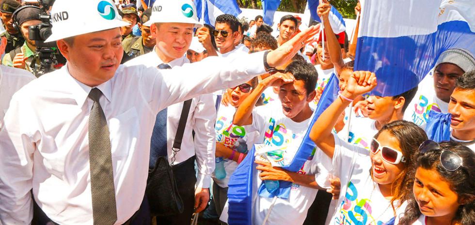 China strooit met miljarden en bouwt een 'zijderoute' in Peru
