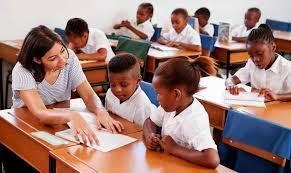 ¿Cómo promover voluntariado y relaciones humanas para jóvenes líderes y/o profesores jefes?