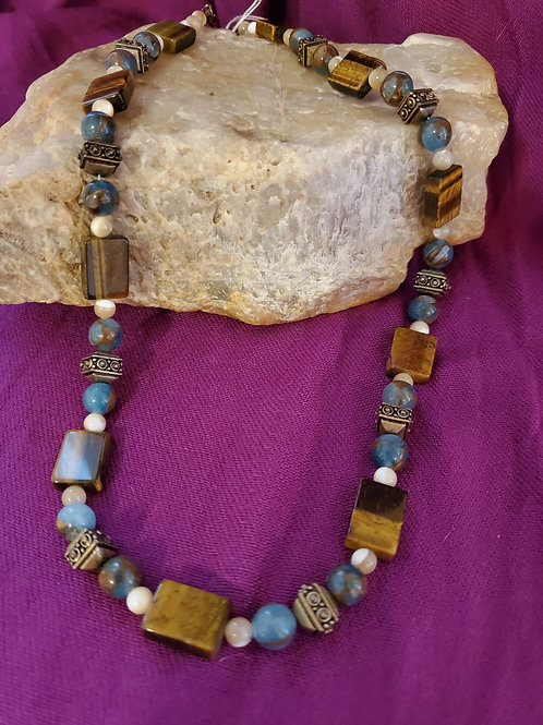 """21"""" hand strung beaded necklace"""