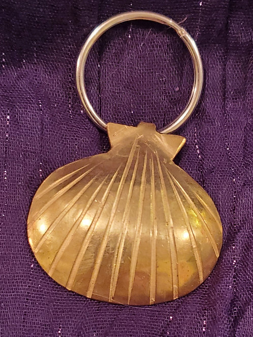 handcrafted brass scallop shell keychain