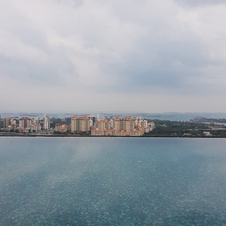24th floor sky pool