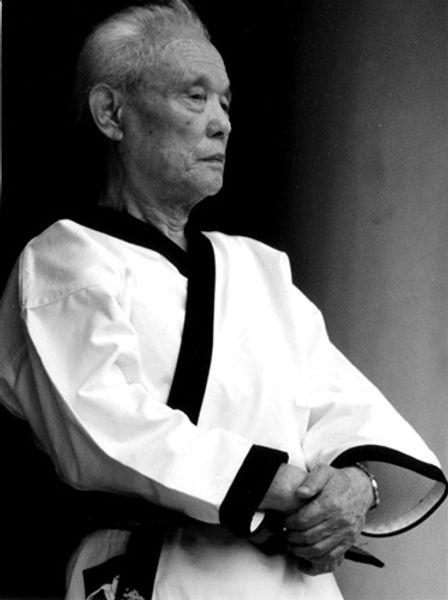 great_grandmaster_hwang_kee_edited.jpg
