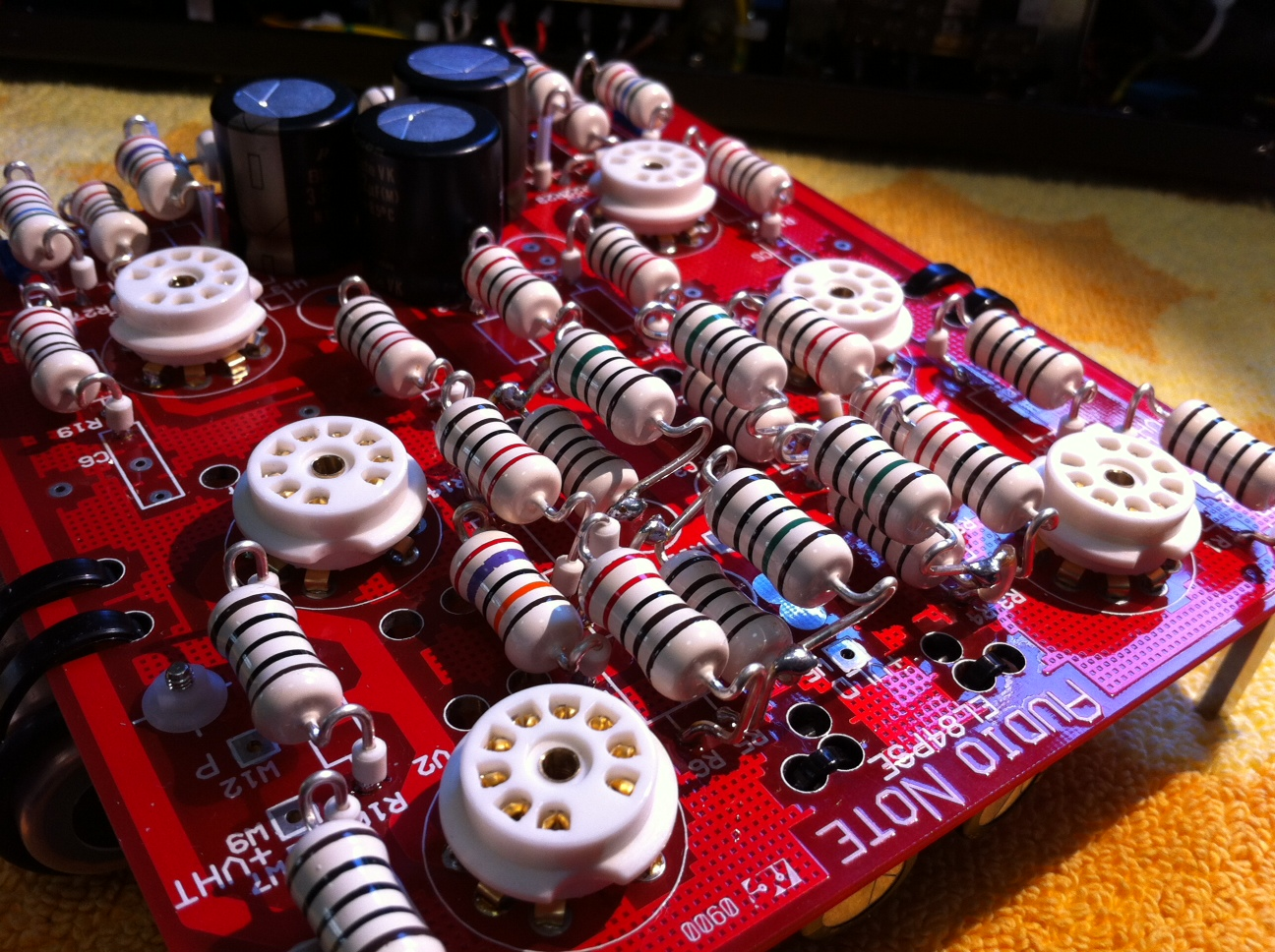 AN Oto SE with AN silver resistors from the rear