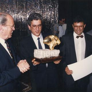 Primera edición del Premio Araguaney de Ouro, premio a la Compañía de Radio y Televisión de Galicia, recogió el galardón D.Lois Caeiro como Director d CRTVG