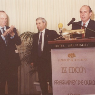 IV edición del Premio Araguaney de Ouro, premio a la Fundción Seman Verde de Galicia, recoj eel galardón D. José Maril Sánchez, Presidente de la Fundación Semana Verde de Galicia.