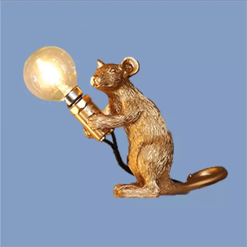 Gold sitting mouse lamp