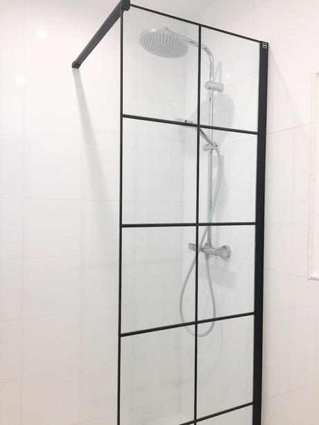 Douche / Shower (Versailles)