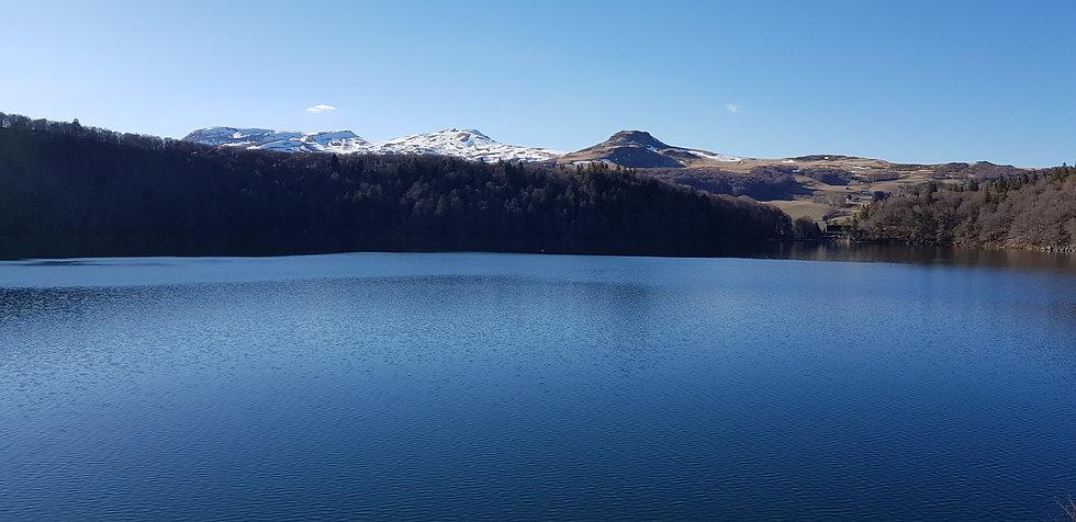 lac auvergne puy.jpg