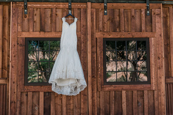 trenton-jamie-summer-palisade-wedding_00
