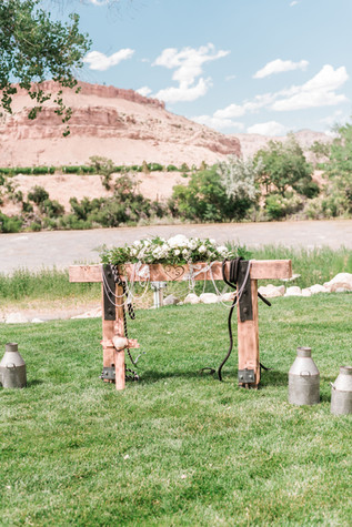 summer-orchard-river-view-wedding_0298.j