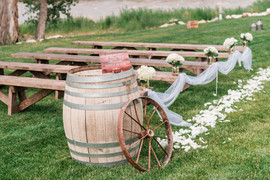 summer-orchard-river-view-wedding_0308.j