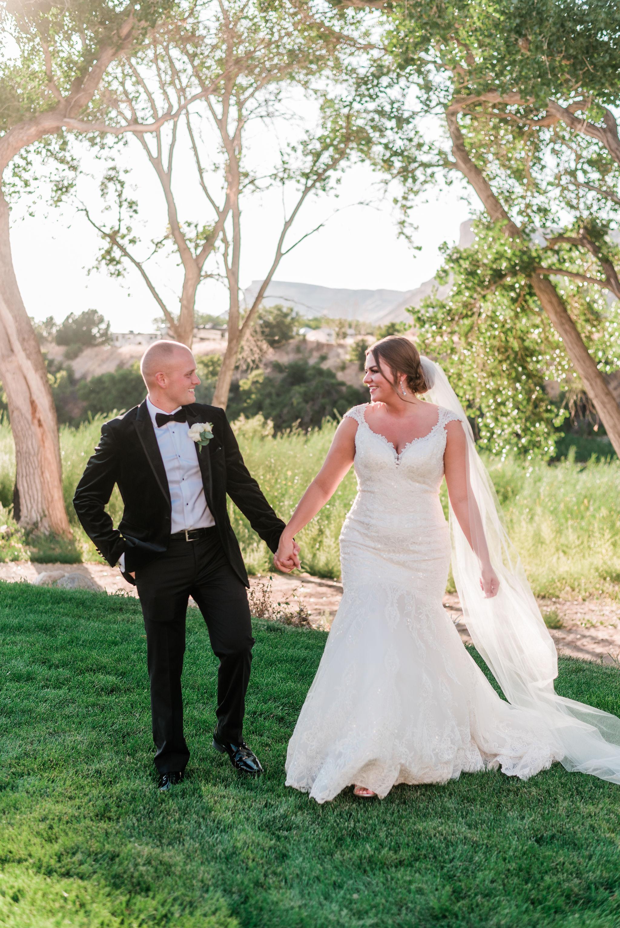 Trenton-Jamie-Wedding-Orchard-River-View