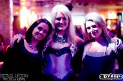 Singer - Avenue Nightclub